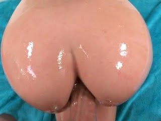 Oily slut taking huge dildo...