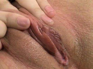 секс со страпоном видео