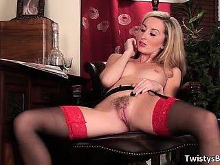 Sexy blonde hoe Sophia...