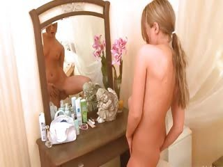 blond teen Ivana waiting...