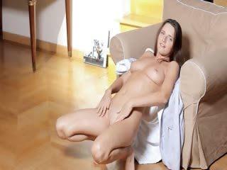 Порно ролик тина любит жесткий секс