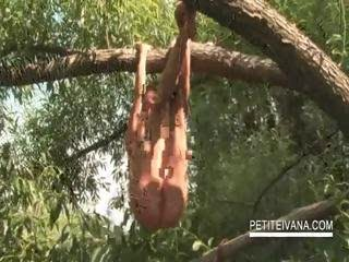Outdoor twat masturbation...